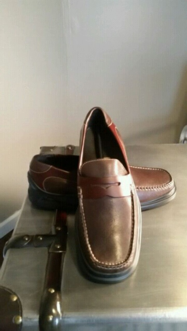 e5c6c8999f0 Used Men s Cole Haan Nike Air Leather Penny Loafers for sale in Atlanta -  letgo