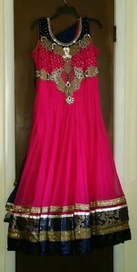 BEAUTIFUL FUSCHIA DRESS SZ LARGE Springfield, 22150
