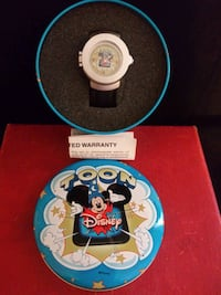 Rare Toons Mickey Mouse 3-D Pop Out New Quartz Watch