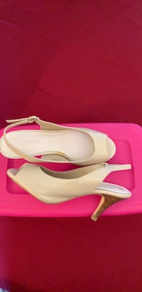 Women's shoes size 7 Brand New Mississauga, L5N