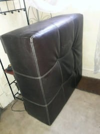 black leather padded rolling chair Kansas City, 64126