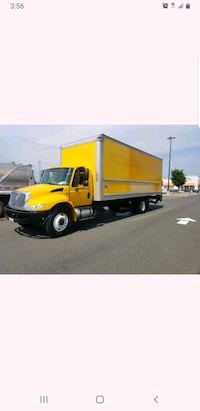 2011 international 26 ft  box truck with lift gate Suitland-Silver Hill