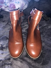 Forever 21 brown booties  Spring Valley, 91977