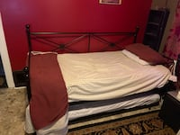 Day bed with Trundle only one mattress  Hazel Park, 48030