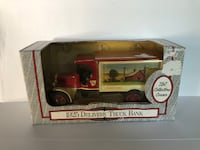 1925 TSC delivery truck bank