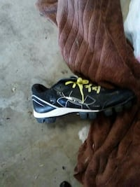 Girls softball cleats size 8 in mens  Clear Spring, 21722