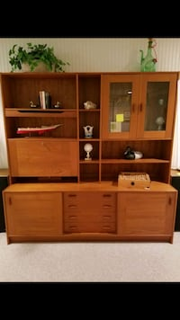 Scan teak wall unit Gaithersburg, 20879