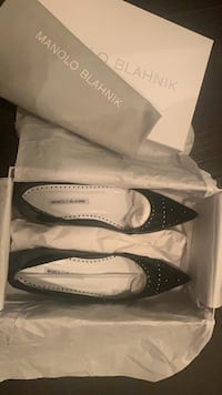 New Manolo Blahnik shoes(Not worn) Size 8.5 Toronto, M5V