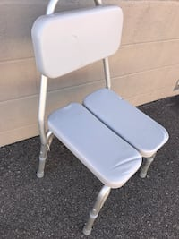 Bath chair  Bolton, L7E 2T5