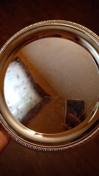 Silver plates Reading