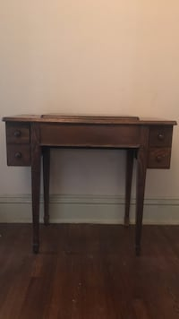 Sewing machine desk, happy to add more pictures for anyone interested! Memphis, 38112