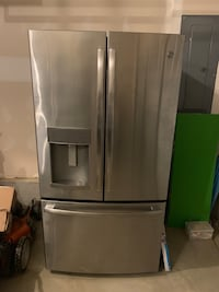 GE stainless refrigerator   Middletown, 21769