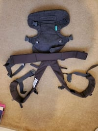 Baby strap carrier Pickering, L1X 2J6