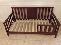 Brown Wooden Toddler Bed Tampa, 33647