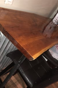 Beautiful real wood bar top with leather or wooden stools Yonkers