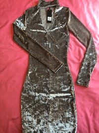 black and gray floral long-sleeved dress Winnipeg, R2W 0G3