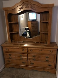 Dresser Set  Harpers Ferry, 25425
