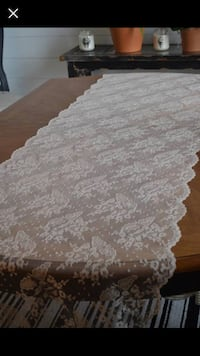 Champagne lace table runner San Diego, 92127