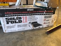 Tru fold hard truck bed cover  (negotiable) Galena, 43021