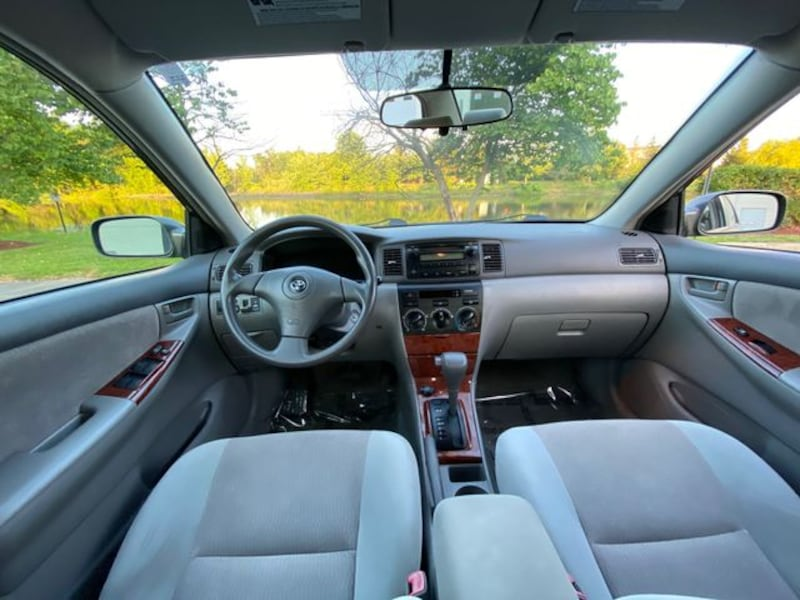 2007 Toyota Corolla for sale 23ac5ee2-2099-4a0a-85a0-93d211eec9b1