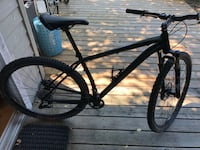 Specialized Stumpjumper Mountain Bike Size 19 or Large