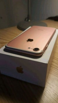 iPhone 7 Rosegold  7661 km