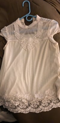Size small Holtsville