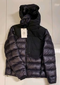 2 Winter Jackets/manteau hiver X 2 sold individually or ensemble Montreal