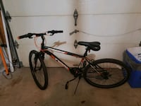 Ozark Trial Adult Mountain bike in amazing condition ready to ride