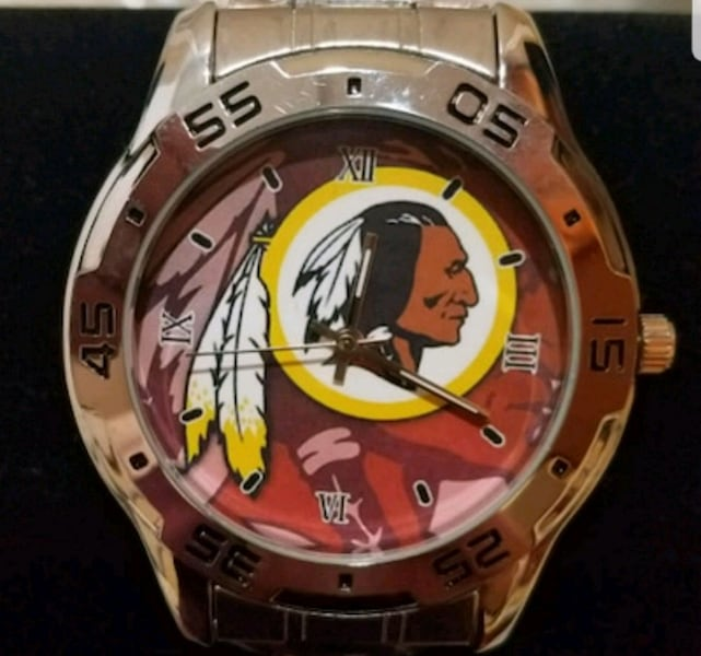 Stainless Steel Washington Redskins Watch 9de88986-e297-44c1-927f-3b32bad134e2