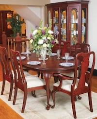 Oval brown wooden dining table set Mendon, 01756
