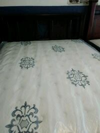 white and black floral bed sheet Norwalk, 90650