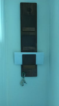 Letter and key caddy