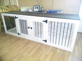 Double and single kennel entry tables