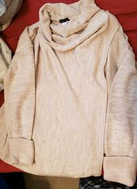 New without tags Ladies Venus Sweater Erie, 16506