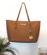 Michael Kors jet set travel small