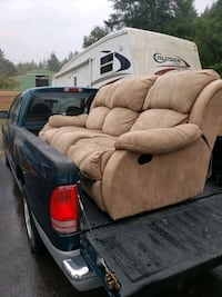 3 people couch. Reclines on both sides. Eugene, 97401