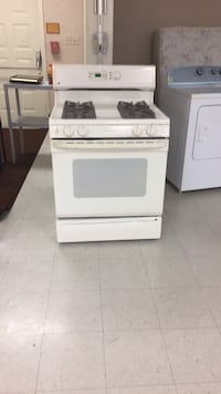 white front-load clothes washer Gaithersburg, 20877