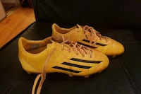 Soccer shoes Barrie