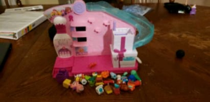 shopkins toys and playset