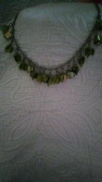 green and white beaded necklace Austin, 78744