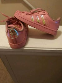 pair of pink-and-white Adidas sneakers Athens, 30601