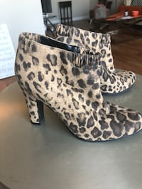 Leather Ankle boots (size 6.5)  Alexandria, 22303