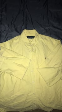 Mens Large Polo  Colorado Springs, 80916