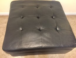 Leather Ottoman (NO STORAGE COMPARTMENTS)
