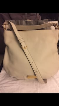 New Marc by Marc Jacobs New Q Hillier Leather Bag - Papyrus  Richmond, V7A 1N5