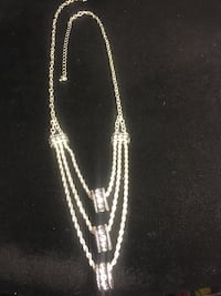 Woman's 3chain hoop silver necklace  3140 km