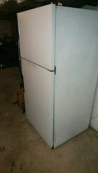 white top-mount refrigerator Maryville, 37803