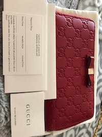 Authentic Gucci Leather wallet 44 km