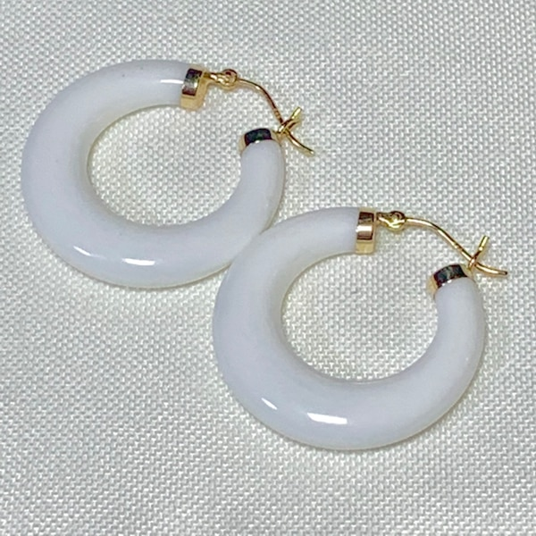 Authentic 14k Gold White Jade Hoop Earrings 10f54614-9262-49a4-ad96-8531ef8254c2